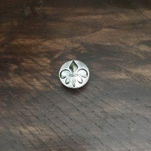 Rock Revival button (screw back)